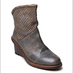 BED STU Cobbler Duchess Brown Leather Booties
